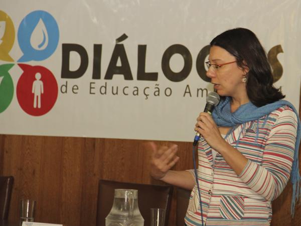 Beatriz Truffi Alves também apresentou o Guia