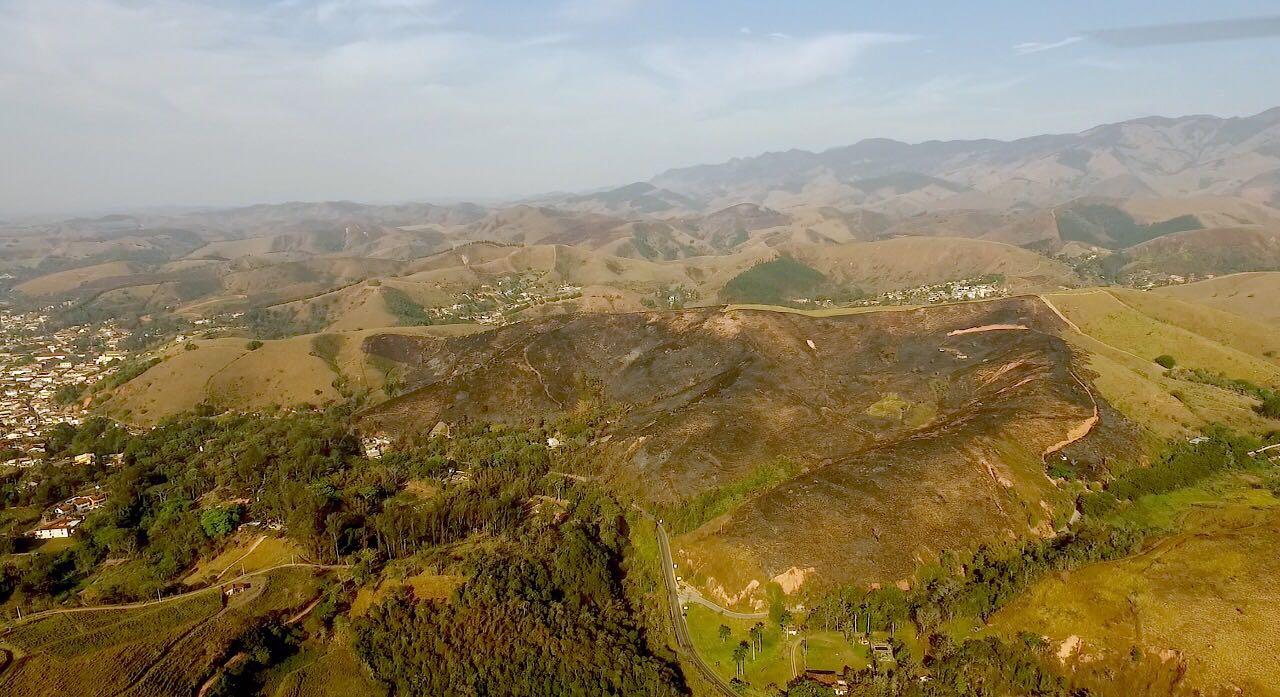 Estação Ecológica Bananal participa de Plantio na Serra da Bocaina
