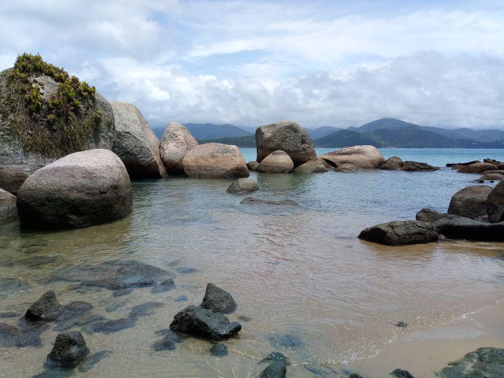 Parque Estadual Ilha Anchieta testa ordenamento de visita ao Aquário Natural