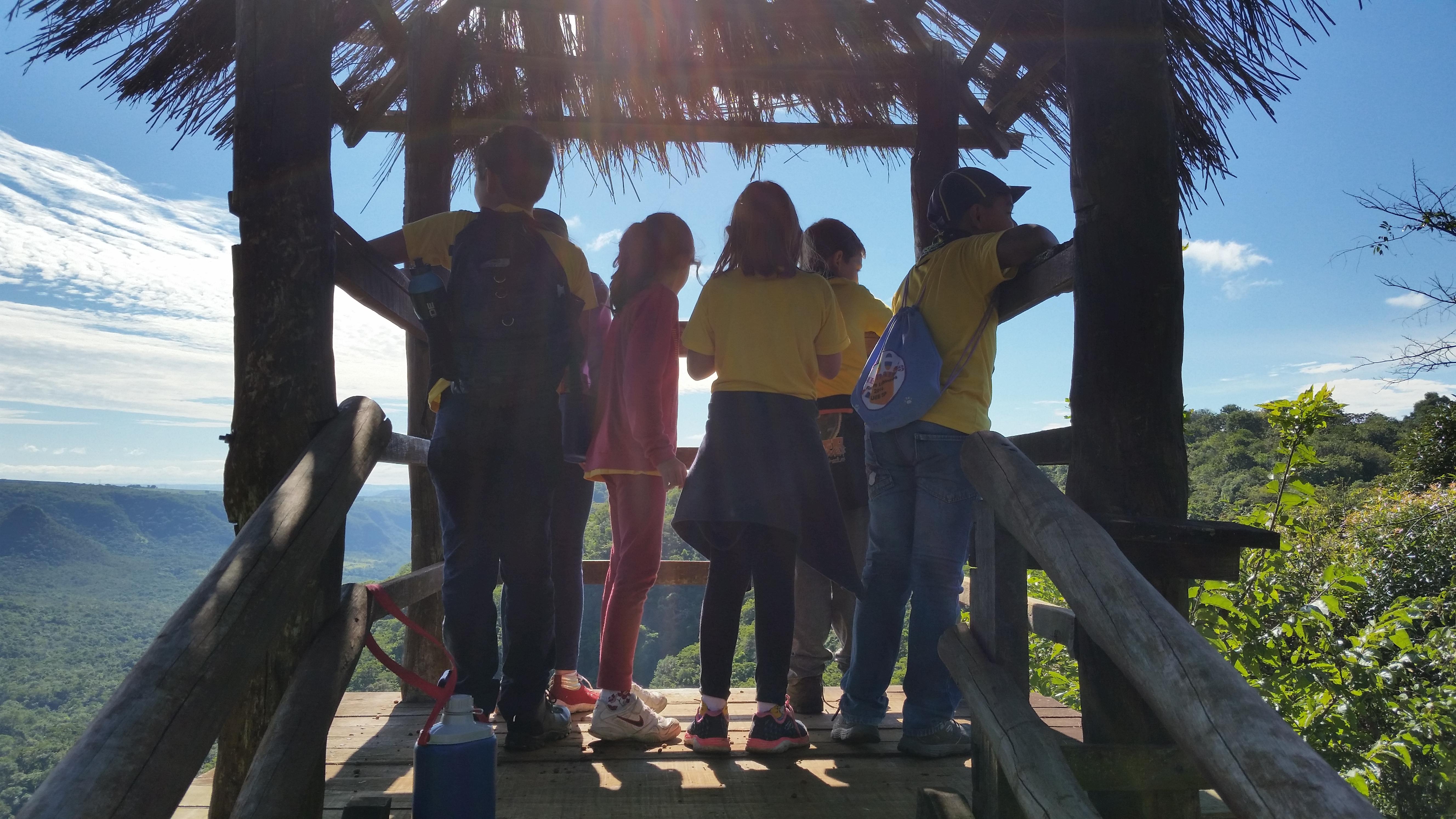 Parque Furnas do Bom Jesus celebra 27 Anos com caminhada e plantio
