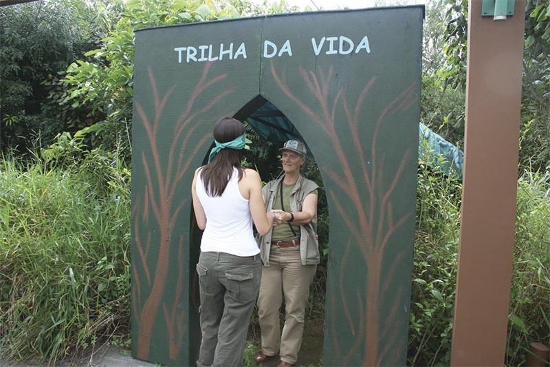 Parque do Guarapiranga oferece trilha para fazer vendado