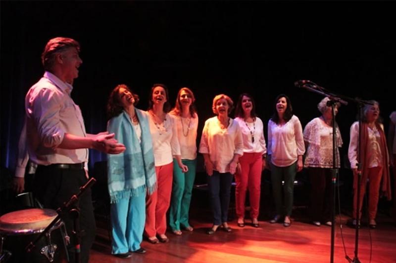 Sarau Poético Musical homenageia o poetinha Vinícius de Moraes