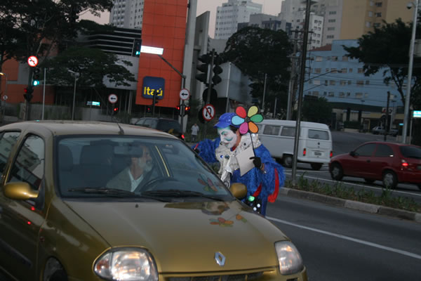 Mutirão da Carona movimenta São Paulo