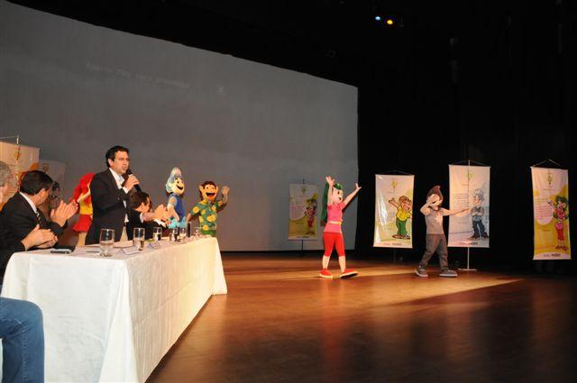 Crianças ecológicas comemoram o aniversário da cidade de Araraquara
