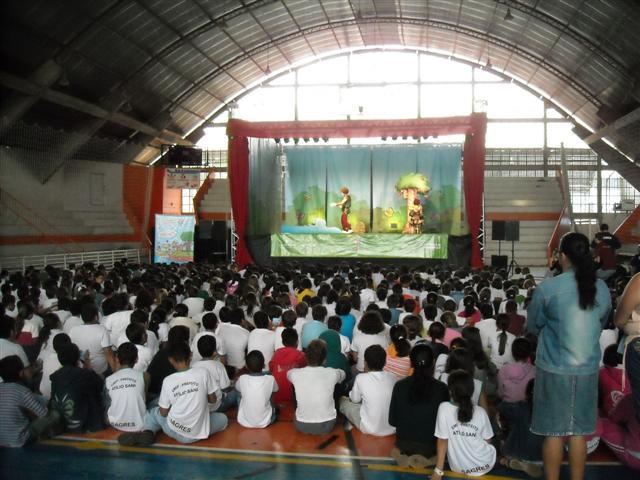 Mais de 17 mil crianças já assistiram ao Teatro Criança Ecológica