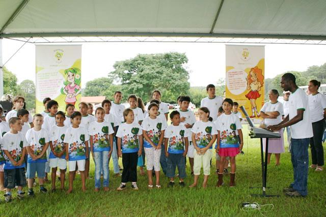 Cubatão e Paranapanema recebem turma da Criança Ecológica