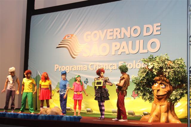 Teatro Criança Ecológica se apresenta no Palácio dos Bandeirantes