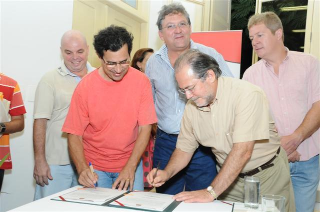 Ilhabela ganha primeira estrada parque regulamentada no Estado
