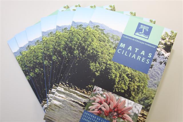 Mata Ciliar é o tema do 7º volume da série Cadernos de Educação Ambiental