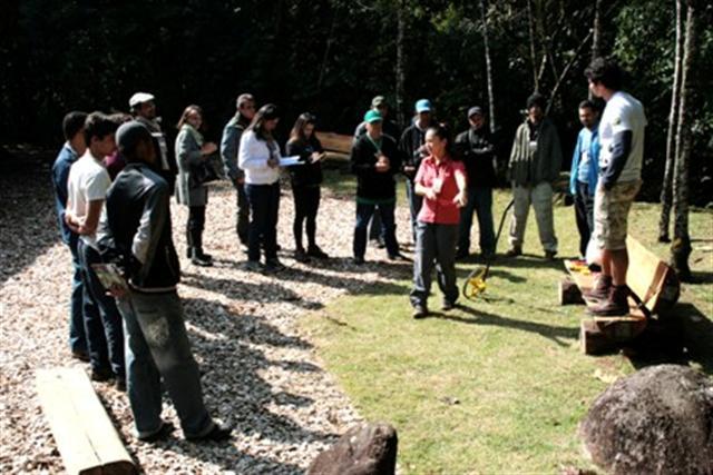 FF promove curso de prevenção e combate a incêndios florestais para RPPNs
