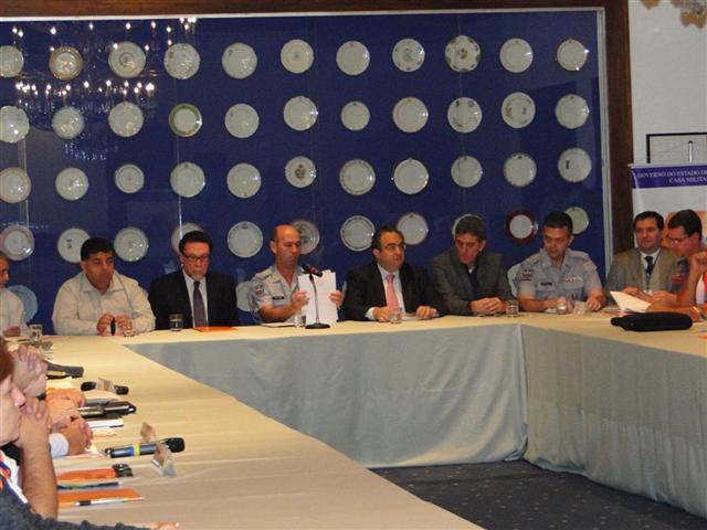 Instituto Geológico entrega mapeamento de áreas de risco a três municípios