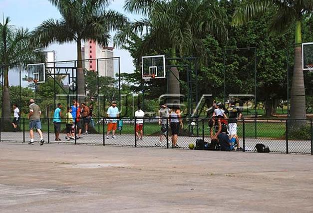 NBA3X no parque Villa-Lobos traz basquete e entretenimento ao público