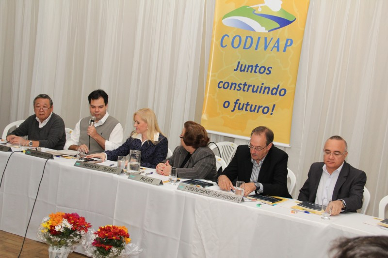 Codivap debate agenda ambiental integrada