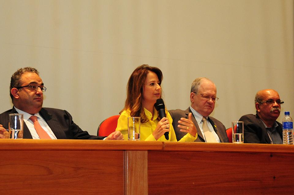 Patrícia Iglecias assume Secretaria do Meio Ambiente