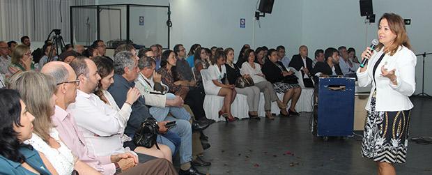 Patrícia Iglecias fala sobre políticas públicas para estudantes