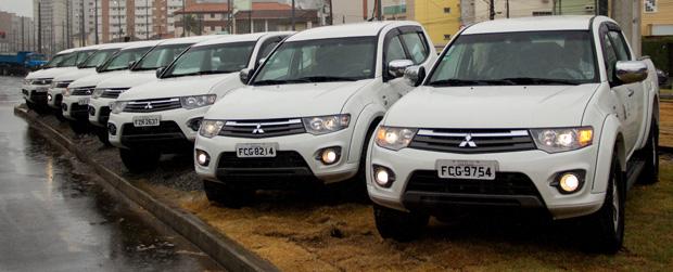Governo de SP entrega veículos para Programa Litoral Sustentável
