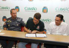 SMA fecha parceria para zerar ocupações irregulares em Cubatão
