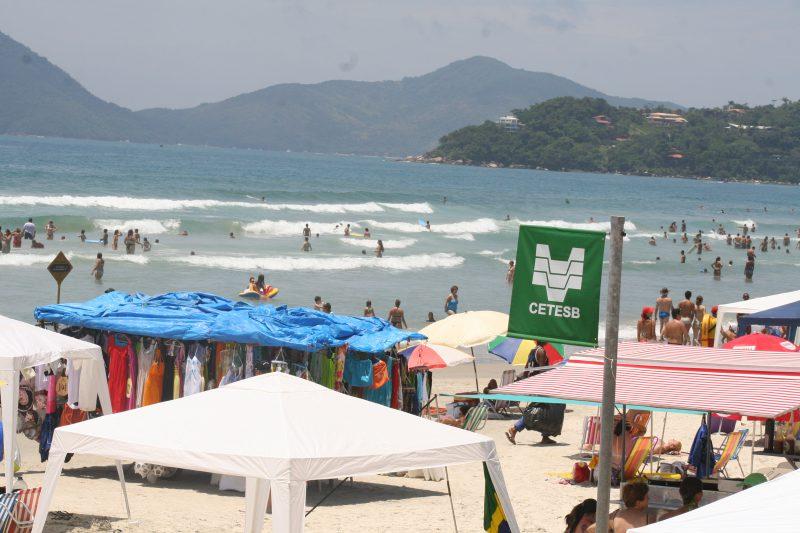 Balneabilidade: como é feita a coleta nas praias?