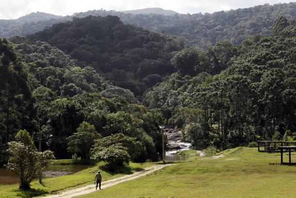 SP pagará bônus à polícia ambiental para proteger parques estaduais