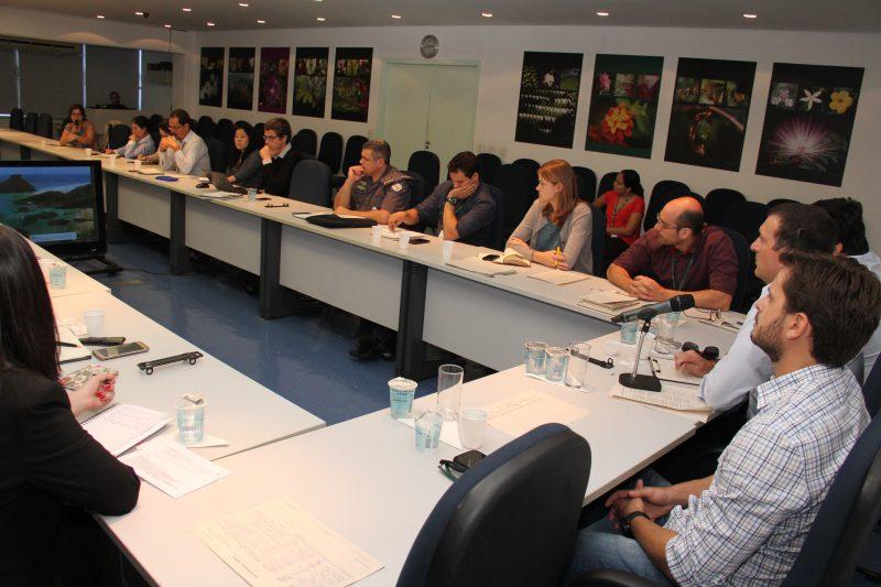 SMA debate fiscalização no setor madeireiro