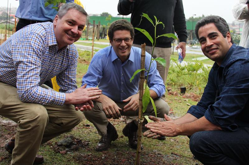 No Dia do Meio Ambiente, Parque Gabriel Chucre ganha 15 mil mudas