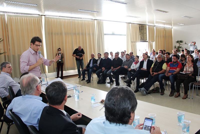 São Manuel sai na frente na criação de aterro regional de lixo