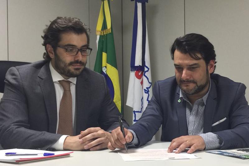Brusadin propõe à Funasa convênio em apoio aos municípios paulistas