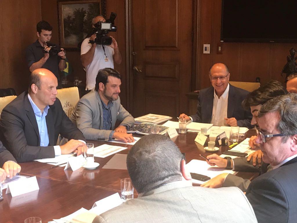 Alckmin e prefeitos SP e Guarulhos retomam operação Defesa das Águas